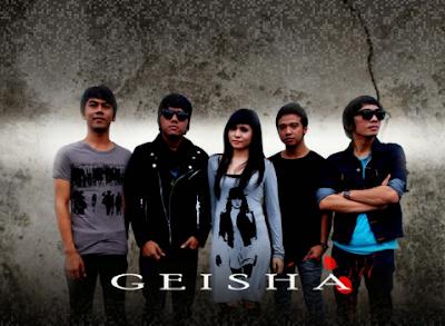 yang kembali lagi untuk kalian semua dan akan membagikan kepada kalian  download lagu mp3 terbaru  Download Kumpulan Lagu Geisha Mp3 Full Album Paling Lengkap