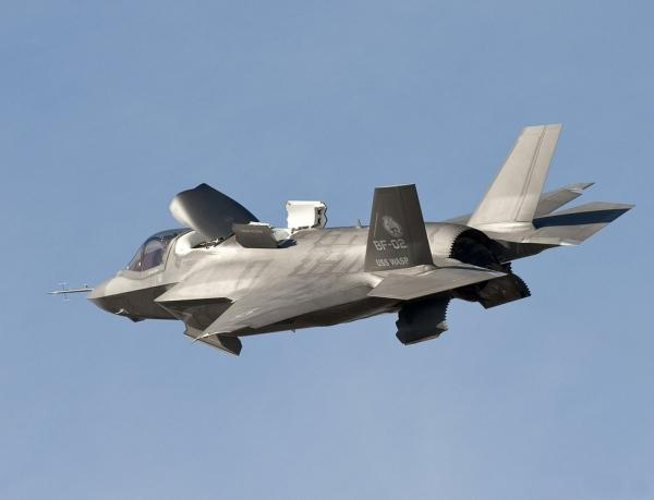 Inggris Terima Jet Tempur F-35 Pertama