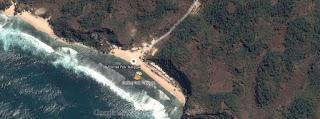 dari satelit Pohon di Pantai Pok Tunggal Gunungkidul Yogyakarta