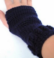 http://www.ravelry.com/patterns/library/hand-warmer-pattern