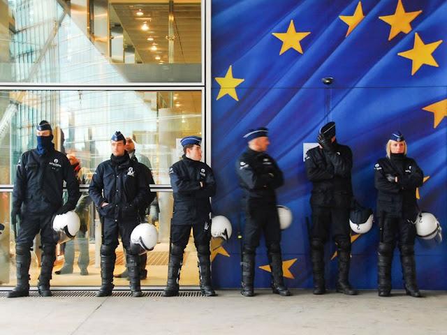 Η Europol προειδοποιεί για πιθανές επιθέσεις του ISIS σε χώρες της ΕΕ