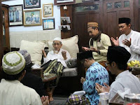 Mbah Maimoen: Islam Nusantara Harus Menjaga Ukhuwah