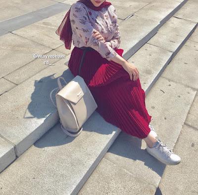 Hijab Chic et Moderne avec Robe Longue