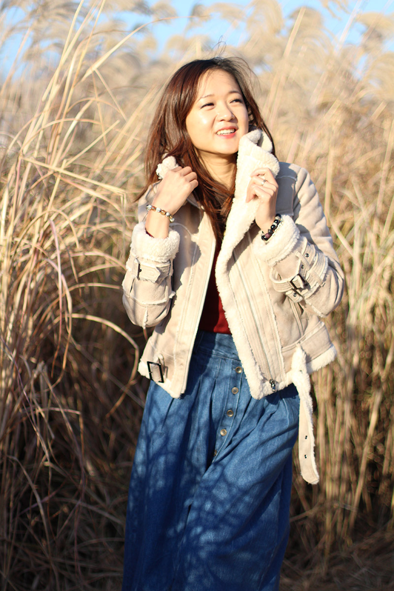 country style, zoyaslookbook, kimzoya, fashion, fashion blogger, south korea, seoul, World Cup Stadium, фешн блоггре в корее, Южная-Корея, винтаж, кантри стиль, стиль, модная одежда, осень 2014, тренд, повседневный стиль, дубленка-косуха, дубленка, джинсовая юбка, юбка миди, дикеры, замшевая обувь, стильно, стиль в одежде, природа, гармония, чистый воздух