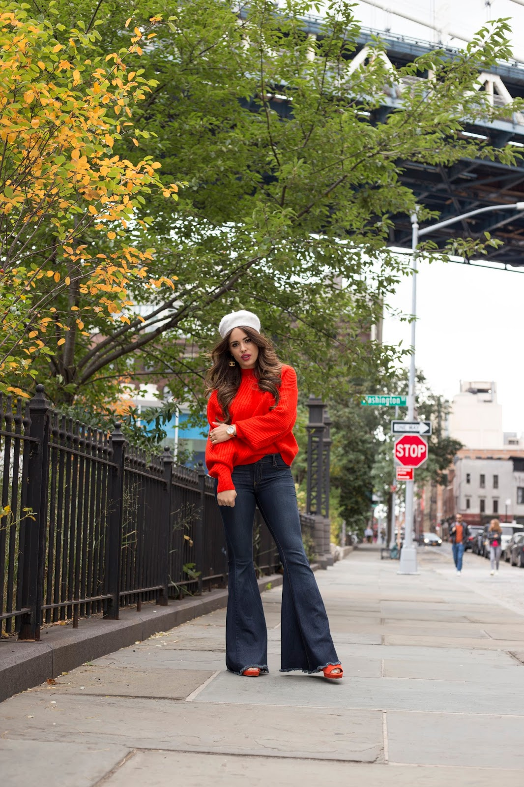 fall fashion, how to dress for nyc in the fall, nyc fall fashion, nyc blogger, nyc top blogger, elle harper, elle harper blog, elle harper fall, blogger fall fashion, orange sweater, red sweater, h&m fall fashion, how to dress cute for fall, how to dress in nyc, nyc fashion, how to wear a beret, what to wear a beret with, how to wear flare jeans, how to wear bell bottoms, cute ways to style a sweater, cute ways to wear a beret, brooklyn fashion, new york city style, bell bottoms, cute fall looks, how to dress cute in the fall, how to style sweaters, upcoming bloggers, southern blogger, arkansas blogger