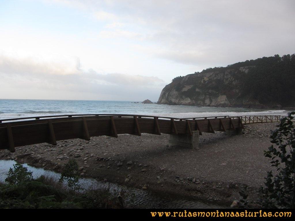 Ruta Artedo, Lamuño, Valsera: Playa de la Concha de Artedo en Cudillero