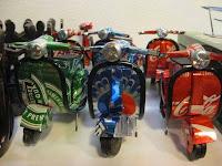 Manualidades con material reciclado - Motos Vespa Special hechos con latas