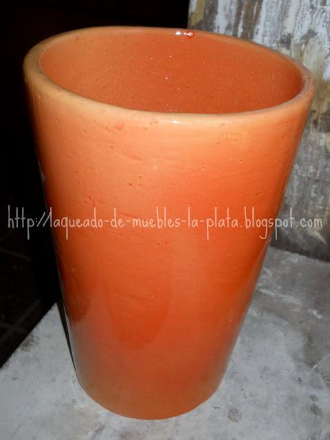 Macetero de cerámica grande esmaltado de color naranja