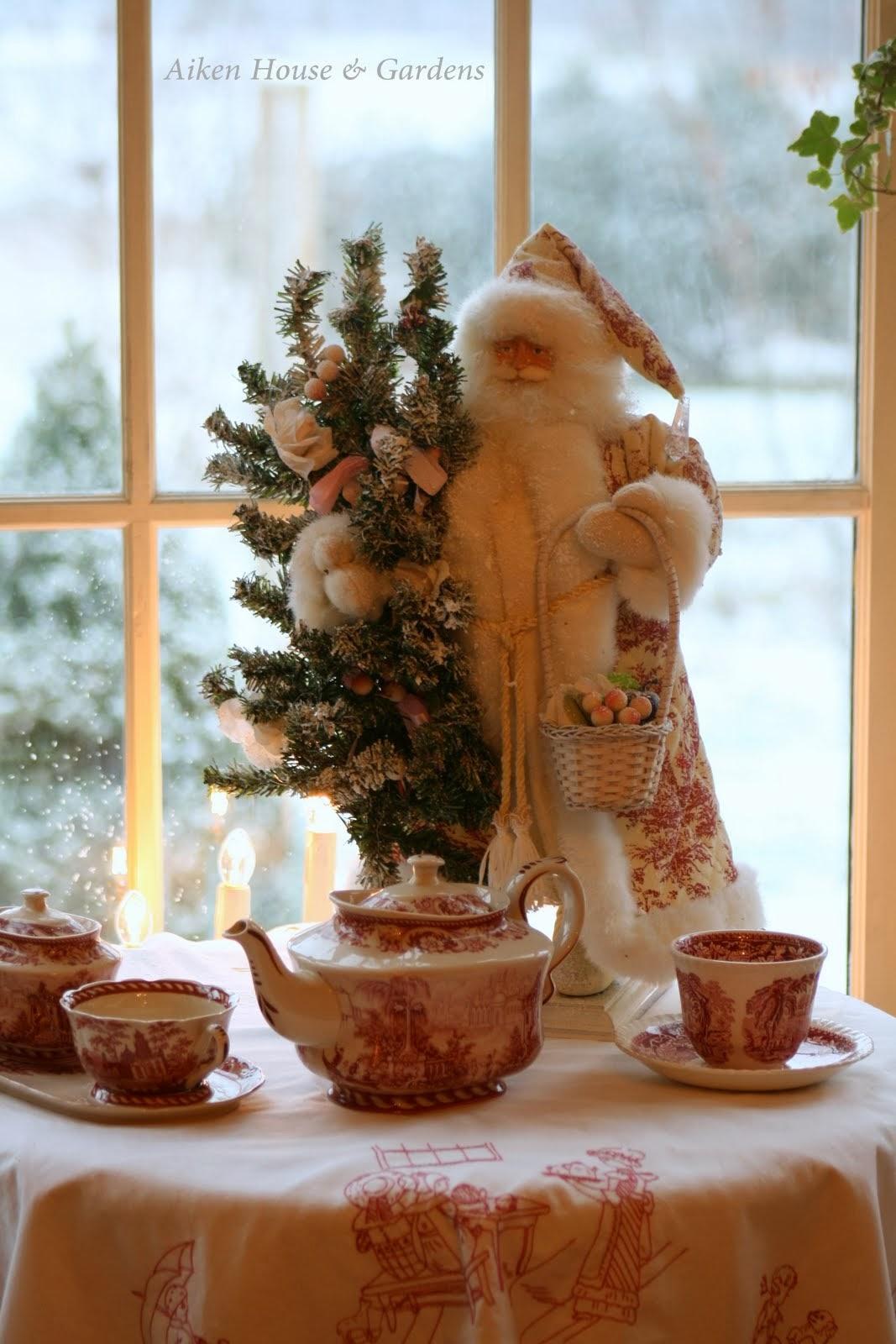 Aiken House Amp Gardens Christmas Toile Amp Transferware