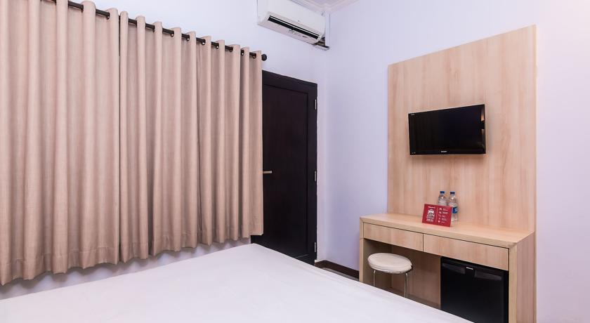ZEN Rooms Legian Dewi Sri 2 3