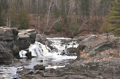 can allowing St. Louis River pollution protect Lake Superior? How?