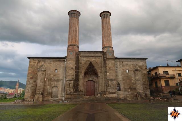Erzurum, Çifte Minareli Medrese