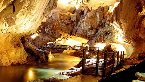 1. Mulu Caves