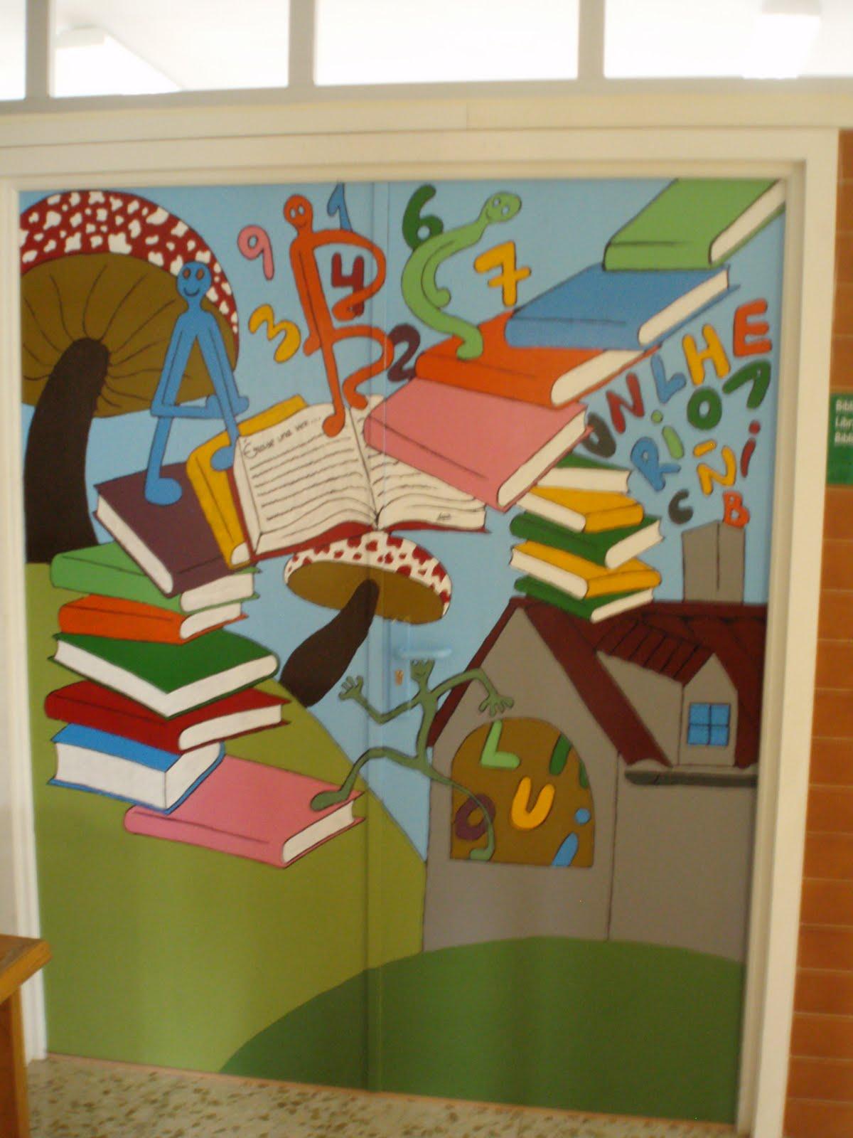 B e culebrini ceip virgen de los milagros bienvenida for Puertas decoradas para el dia del libro