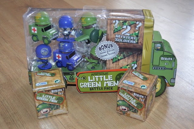 Review Little Green Men Battle Pack Playdays And Runways
