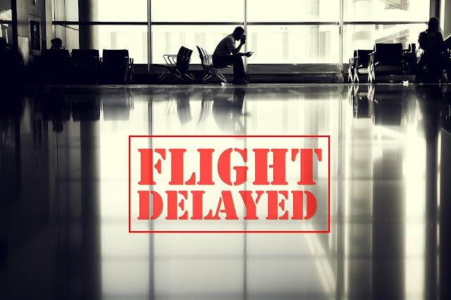 空港、ストライキ、遅延