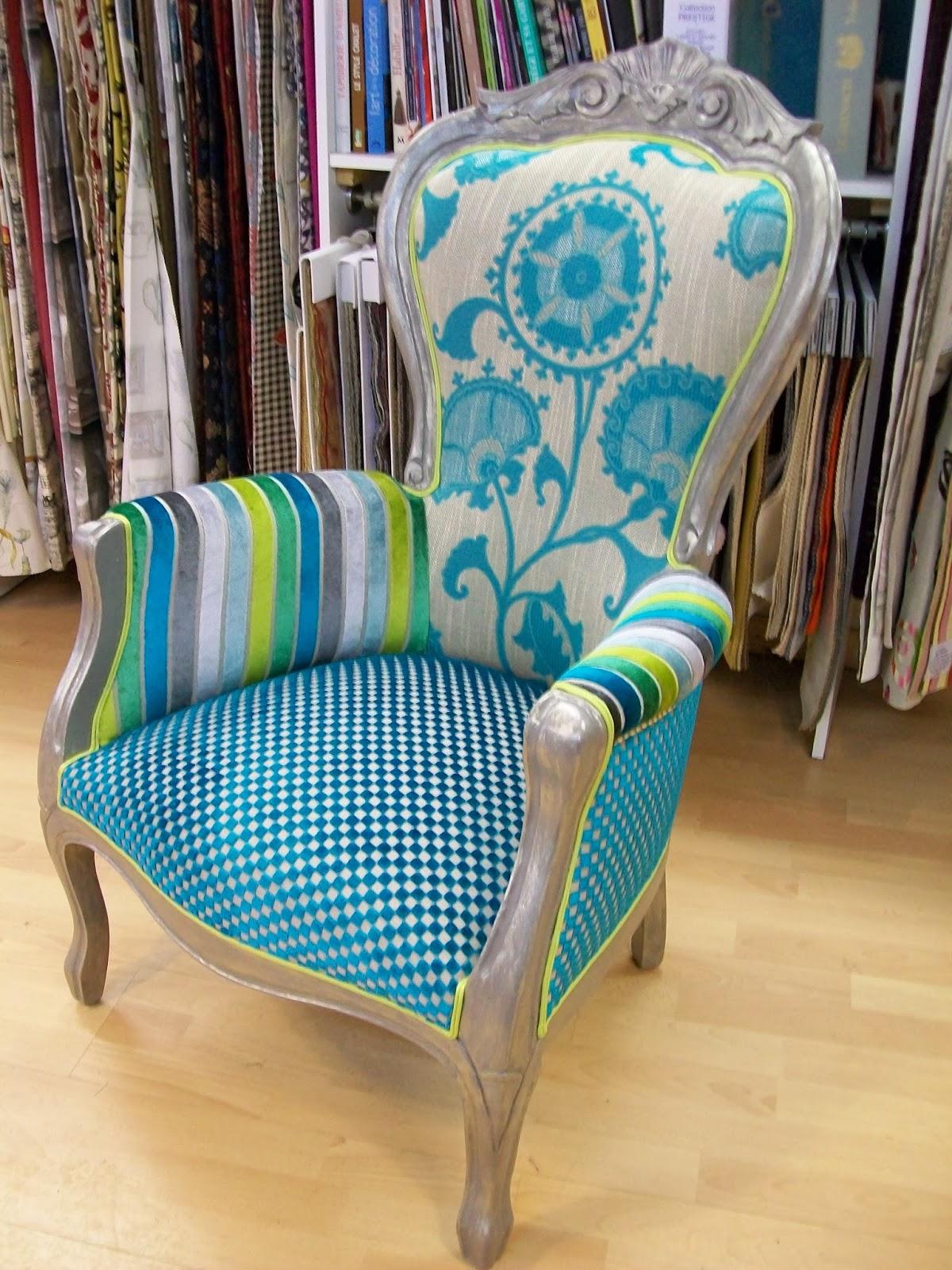 l 39 fauteuil louis phillippe relooker et corset. Black Bedroom Furniture Sets. Home Design Ideas