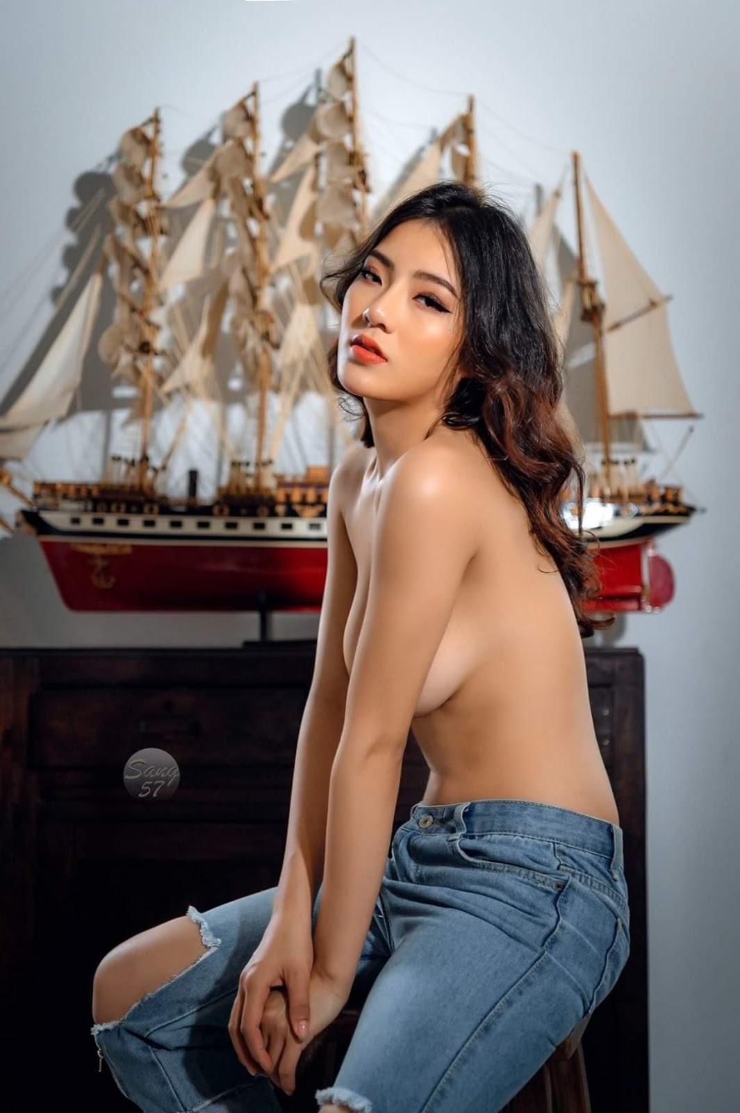 Mẫu nude Tú Uyên và con thuyền @BaoBua: Việt Nam Nude Girl