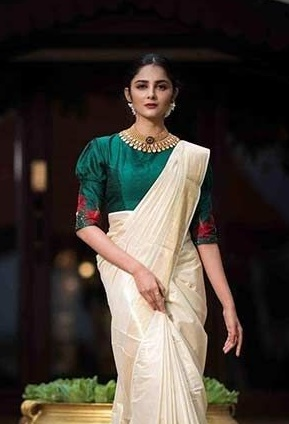 3e8096867c 21 Trendy Green Kerala Saree Blouse Designs to try in 2019 | Bling ...