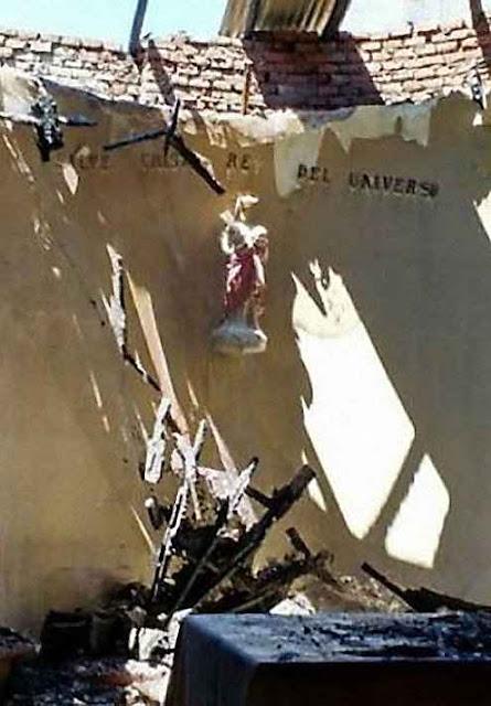 Imagem de Cristo Rei indene após feroz incêndio no Chile