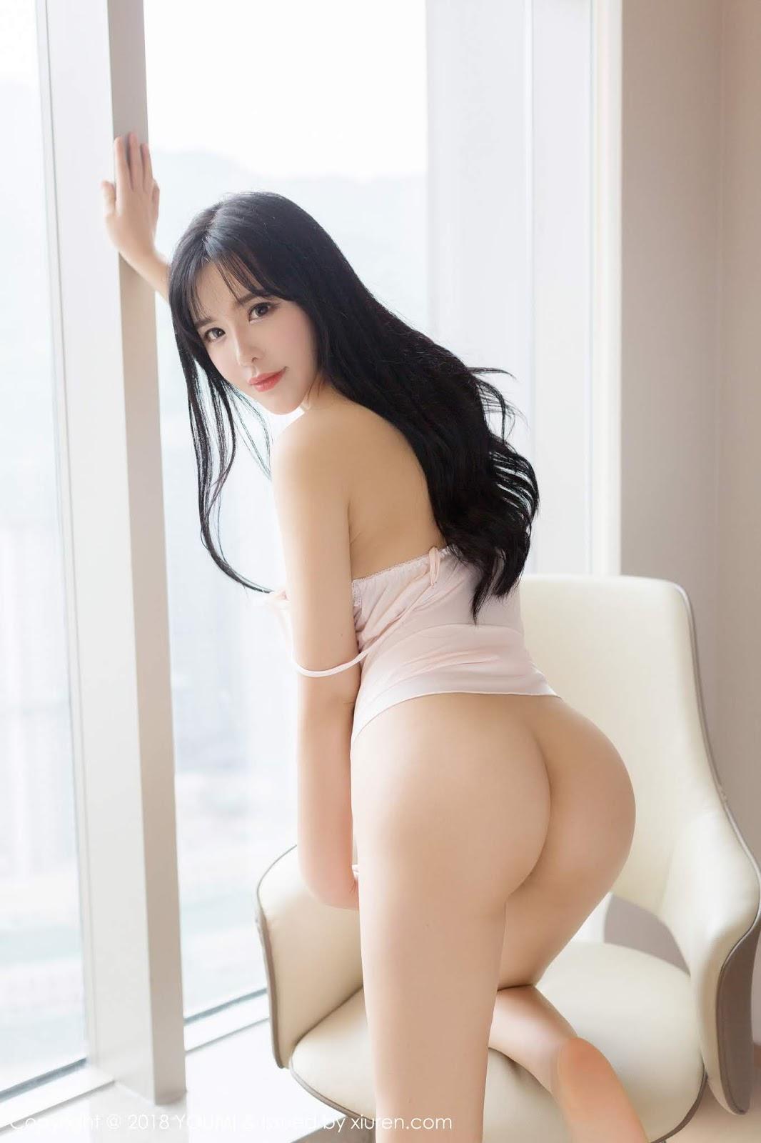 YouMi - Vol.143 Liu Yu Er (42 pics)