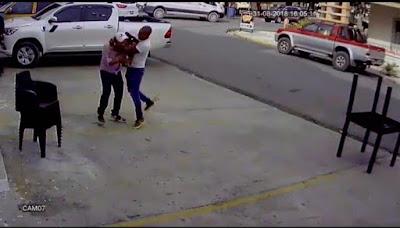Ver video: Se enfrentan a golpes dos reconocidos empresarios de Barahona
