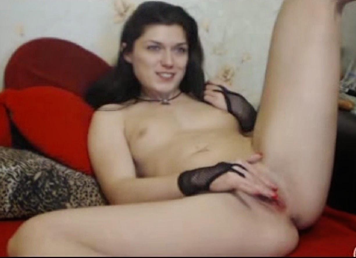 porno-russkoe-s-privatov-moetsya-v-vannoy-golaya-zhena