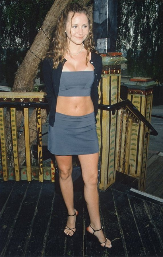 Celebritygala Beverley Mitchell Feet And Legs - Whats In -7568