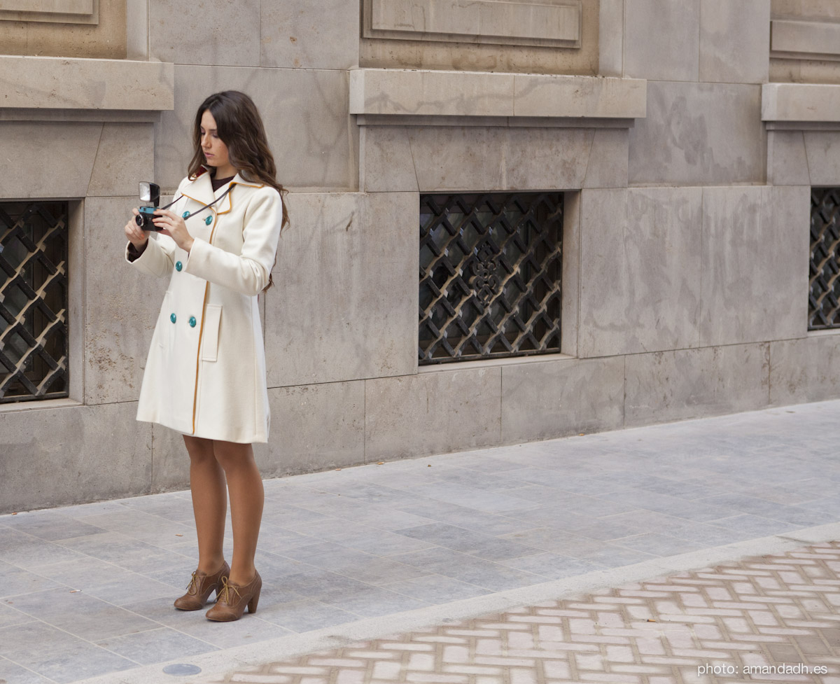White wool coat - Senorita Martita FALL-WINTER street style by Amanda Dreamhunter - made in Spain