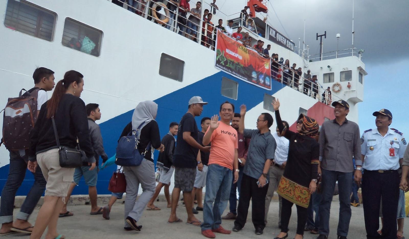 KABARKALTIM CO ID Ribuan Warga Sulsel Mudik Lewat Pelabuhan
