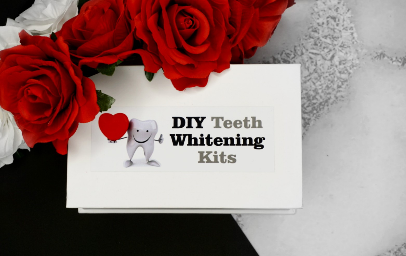 HOW TO GET WHITER TEETH AT HOME WITH THE DIY TEETH WHITENING KITS
