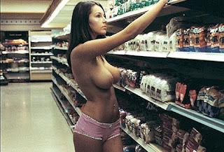 CashBack Movie Nude