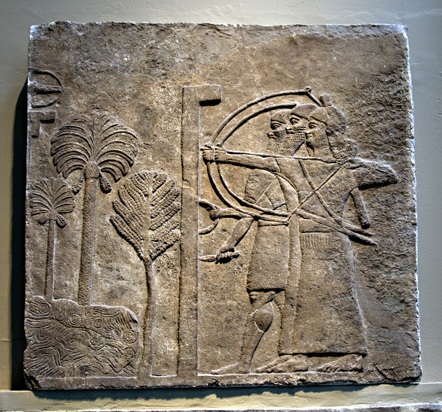 Нимруд (ассир. Кальху, др.-евр. Калах) — древний город в Месопотамии, на территории современного Ирака. Его руины находились к юго-востоку от города Мосул, у реки Тигр в Ираке. Название города связывает его с библейским царём Нимродом, внуком Хама. Но это имя город получил от европейских археологов в XIX веке. До этого его называли Калах (на еврейский манер) или Кальху. Согласно легенде, один работник нашёл статую полубыка-получеловека и счёл её за Нимрода, основателя города. Нимруд был основан в XIII веке до н. э. Салманасаром I и спустя четыреста лет во время царствования Ашшур-нацир-апала II стал столицей Ассирии. В 612 году до н. э. был разрушен мидийцами и халдеями. Первые раскопки проводились в 1846 году англичанином Остином Генри Лэйардом. Были обнаружены остатки большого дворца и крепостных сооружений. Были найдены многочисленные рельефы из алебастра и резные фигурки из слоновой кости, а также Чёрный обелиск и статуи. В 1955 году во время раскопок, проводившихся Максом Маллоуэном в храме Набу, были обнаружены глиняные плиты с клинописью, содержащие клятвы вассалов и ассирийских сановников, датируемые 672 годом до н. э. Эти записи послужили важным пособием для изучения ассирийского права и религии. В конце 1980-х годов иракскими археологами в четырёх царских захоронениях неподалеку от Нимруда был обнаружен набор ювелирных изделий, датированных концом X века до н. э. В его состав входят золотые серьги, кольца, ожерелья, тарелки, кубки и кувшины, украшенные филигранью и полудрагоценными камнями. Как считают учёные, по художественным достоинствам их можно сравнить с находками в гробнице египетского фараона Тутанхамона. Вторжение американских войск во время Иракской войны в 2003 году привело к крупным разрушениям на месте древнего города.