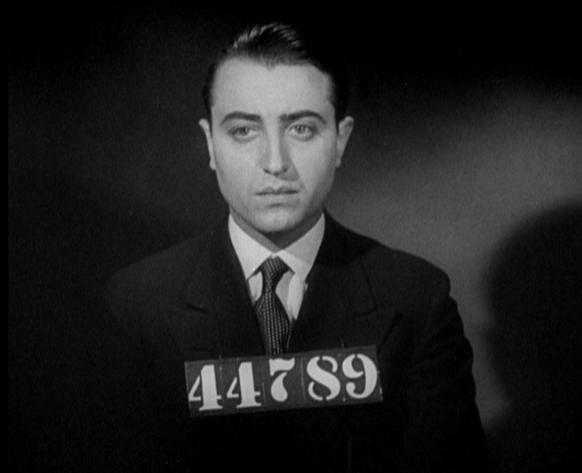 André Burgère as Kent in Revolte dans la Prison
