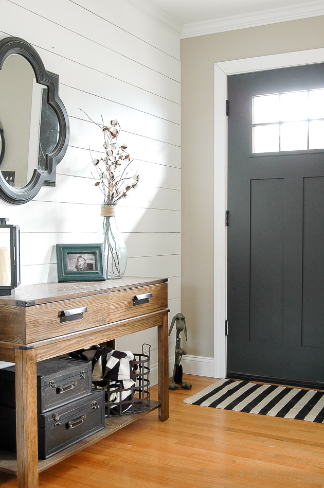 modern farmhouse entryway, shiplap, plank wall, neutral decor