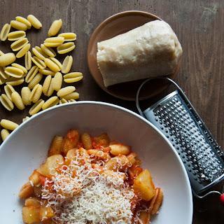 http://www.lacuisineitalienne.fr/recette-italienne-pasta-e-patate-rossa/