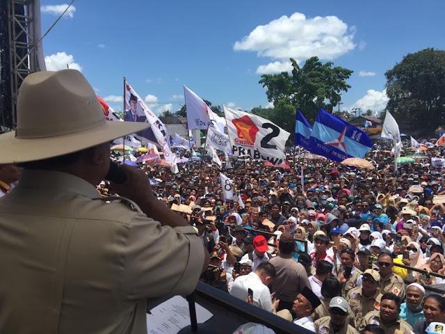 Puluhan Ribu Orang Hadiri Kampanye Prabowo di Makassar