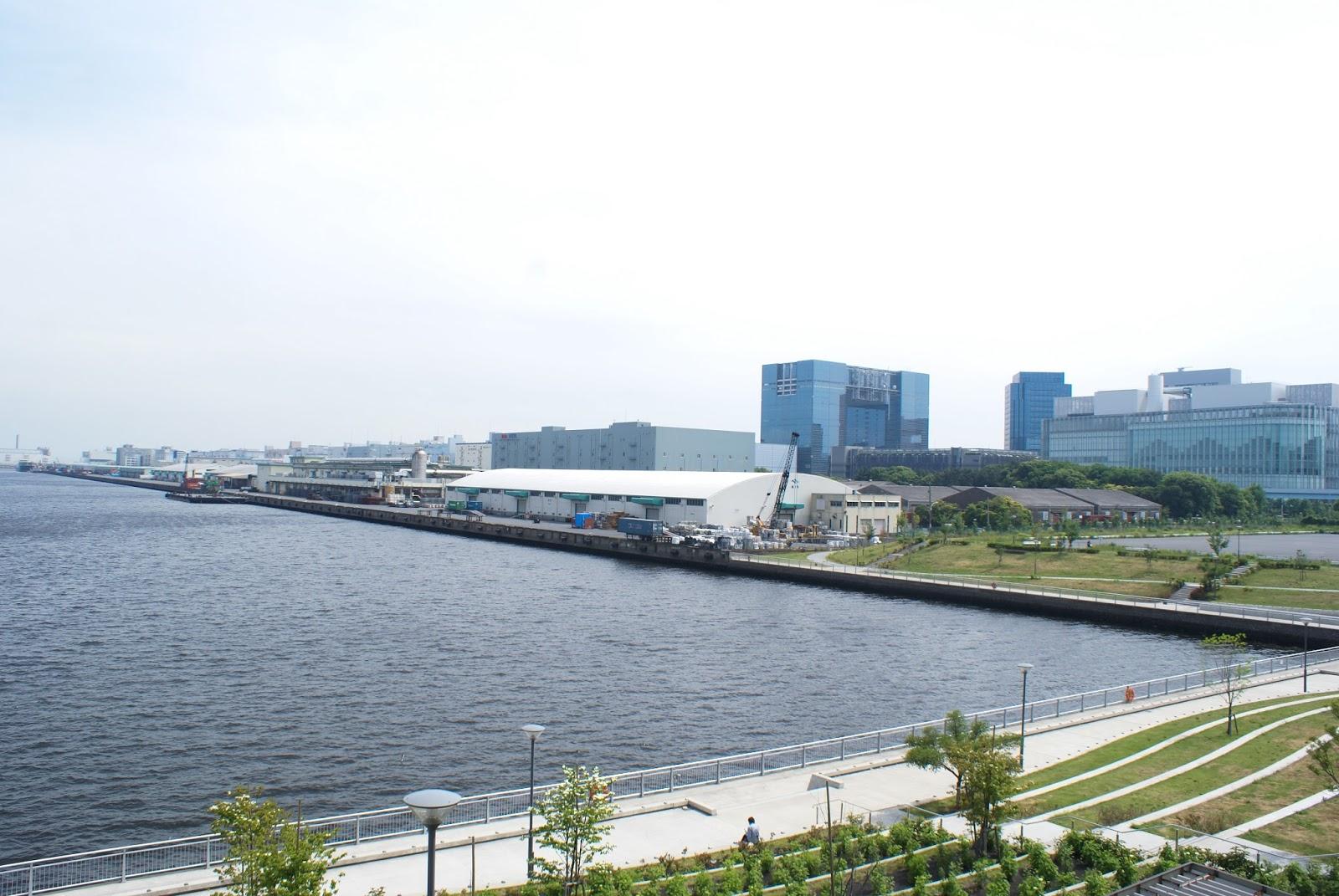 tokyo odaiba japan aomi station view