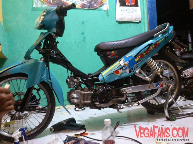 Vega R New Biru Modif Streat Racing