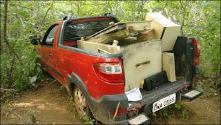 Caçadores encontram veículos e cofre dos Correios de Coronel Ezequiel abandonados em mata
