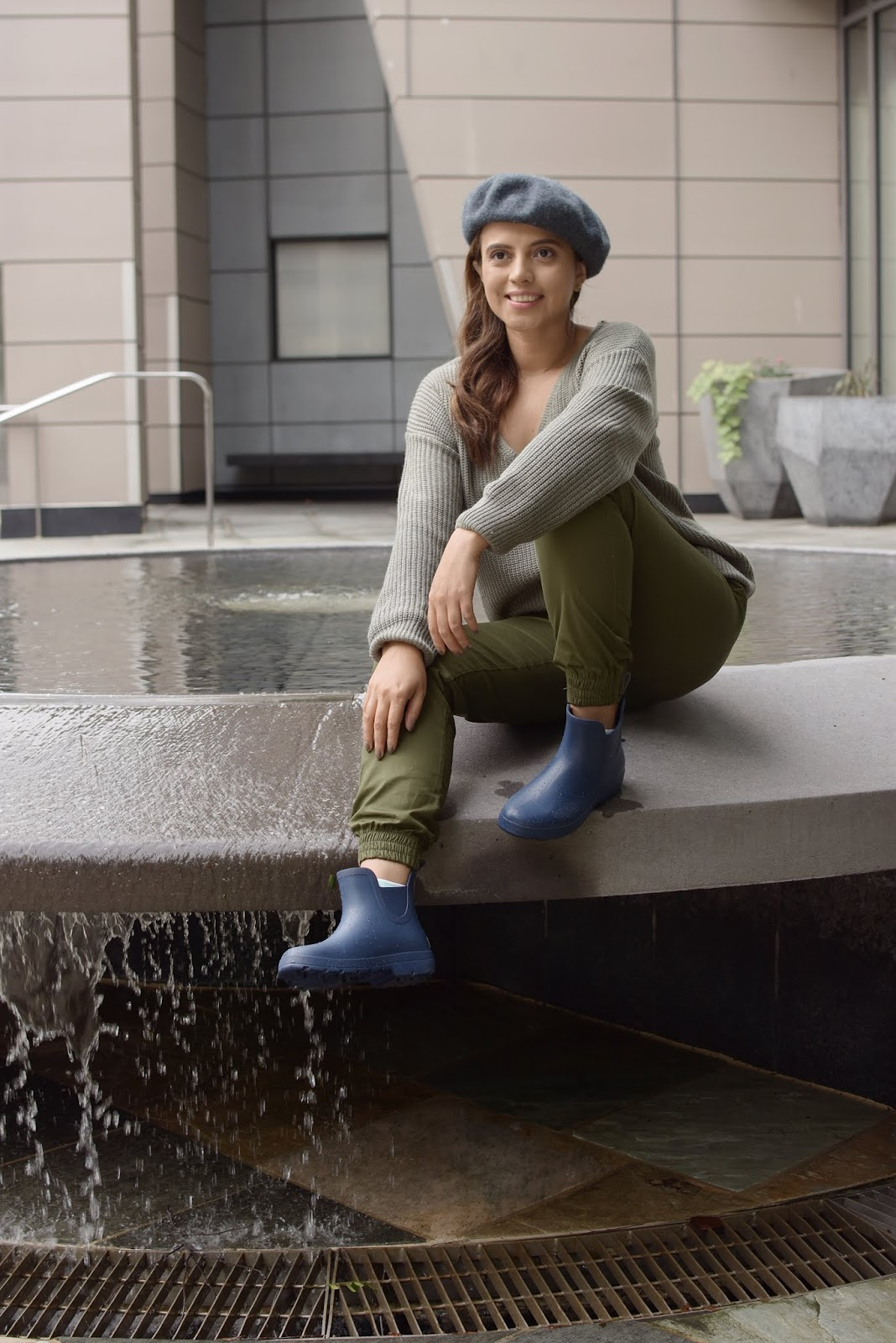 Functional Fashion For Rainy Days With My New Totes Cirrus Rainboot  by MariEstilo.