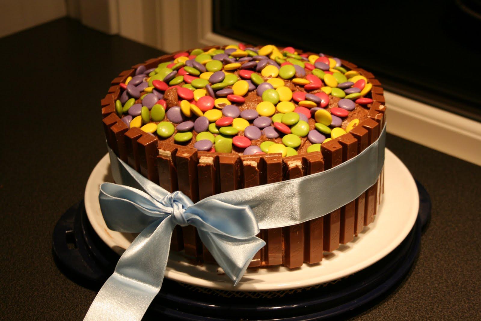kake med kvikklunsj rundt
