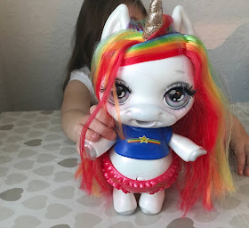 Poopsie Surprise unicorn toy review
