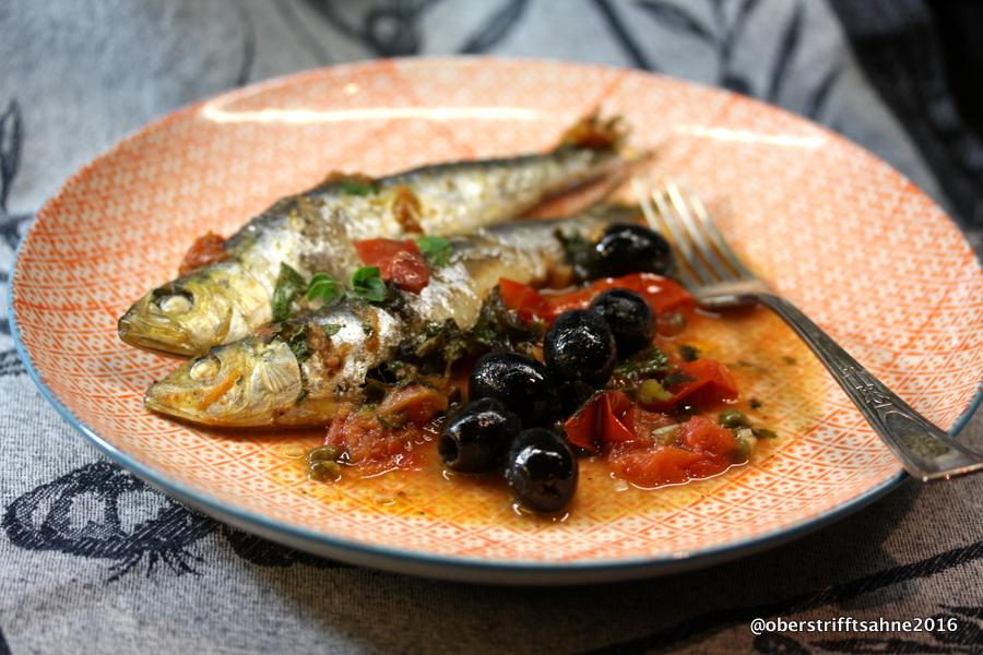 Schnelle Leichte Sommerküche Ofentomaten Mit Hähnchen : Sardinen in tomate mit oliven kapern und sardellen
