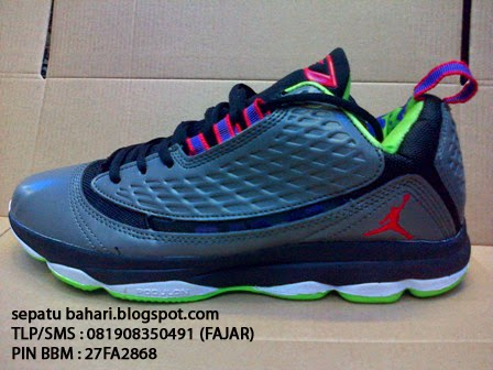 sports shoes d8367 ee3a2 Model Air Jordan CP6 AEWarna Grey .
