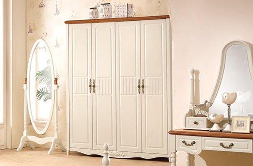Có nên sử dụng tủ quần áo gỗ cao cấp?