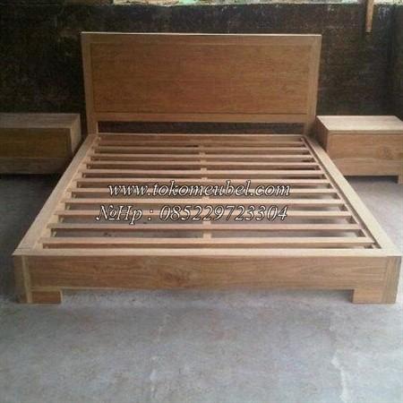 model tempat tidur kayu jati 2