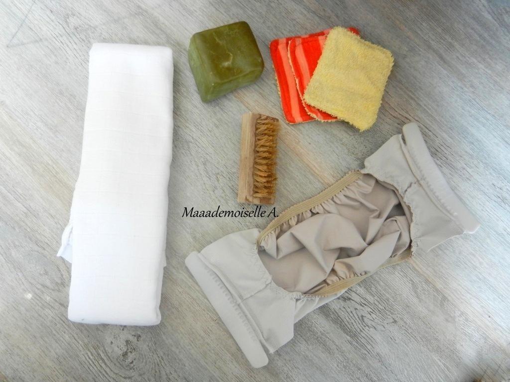 Maaademoiselle a couches lavables et les mains dans le caca alors - Comment laver couches lavables ...