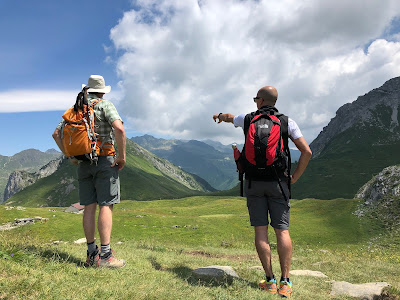 Walking along Lago Branchino toward Passo Branchino.