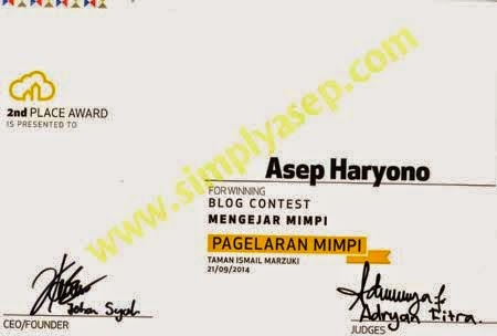 Juara II -2nd Award National Blog Competiton held by Rumah Mimpi in Jakarta in the year 2014